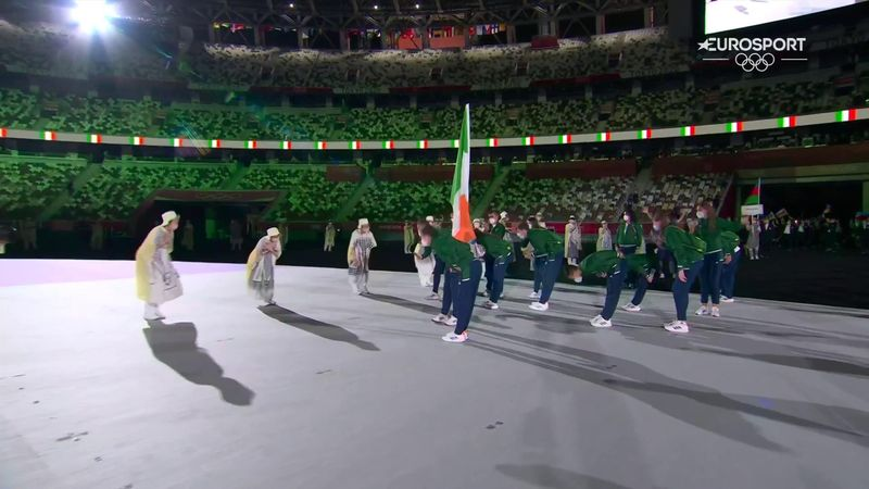 Ireland show class by bowing on entrance at Opening Ceremony