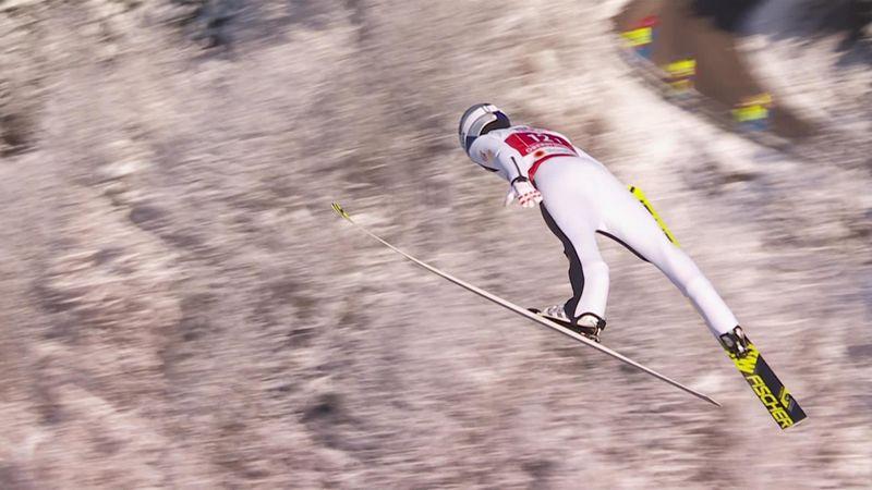 Il salto di Lamparter che fa volare l'Austria