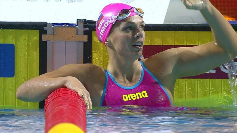 Лучезарная Ефимова не напрягаясь оставила соперниц позади в заплыве на 100 метров брассом