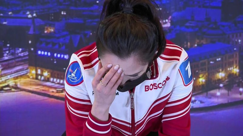 Tuktamysheva se emociona tras volver al podio seis años después