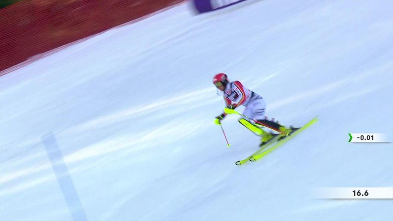 La inoportuna y dura caida de la alemana Marlene Schmotz en el Slalom de Zagreb