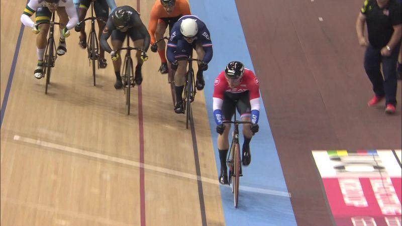 UCI World Cup Berlijn: Matthijs Büchli deklasseert tegenstand op de keirin