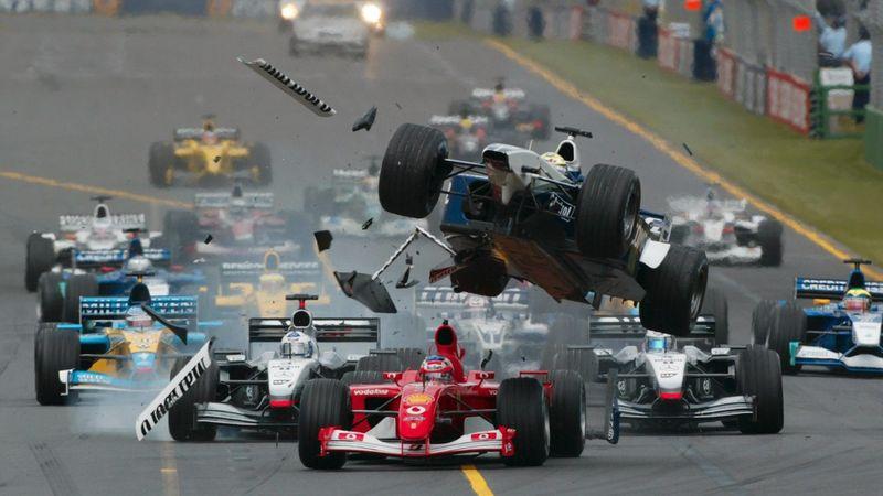 Impact à 300 km/h, carambolage géant et monoplace déchiquetée : Les crashs de F1 les plus miraculeux