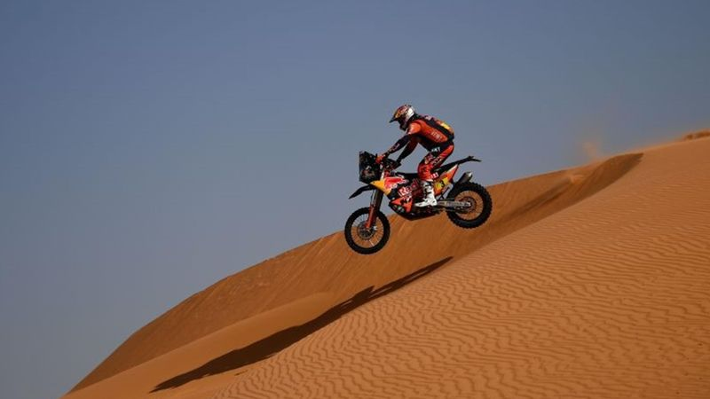 Resumen Rally Dakar (etapa 9): Abandono de Toby Price y paso atrás de Barreda
