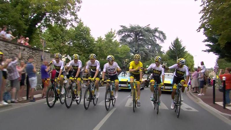 Tour de Francia2018: La celebración con champán de Geraint Thomas y el Team Sky