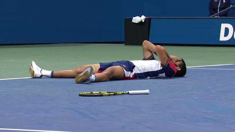 Emotionaler Matchball: So zwang Alcaraz Tsitsipas in die Knie