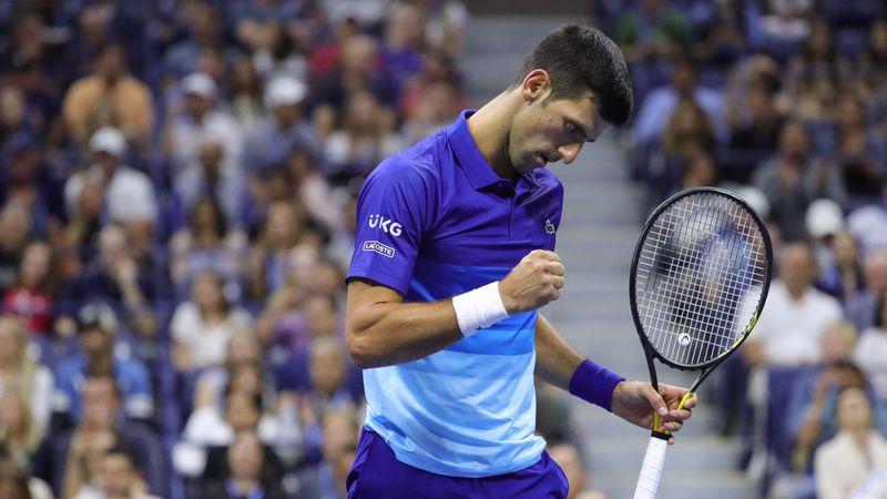 Djokovic, passante letale nel quinto set contro Zverev