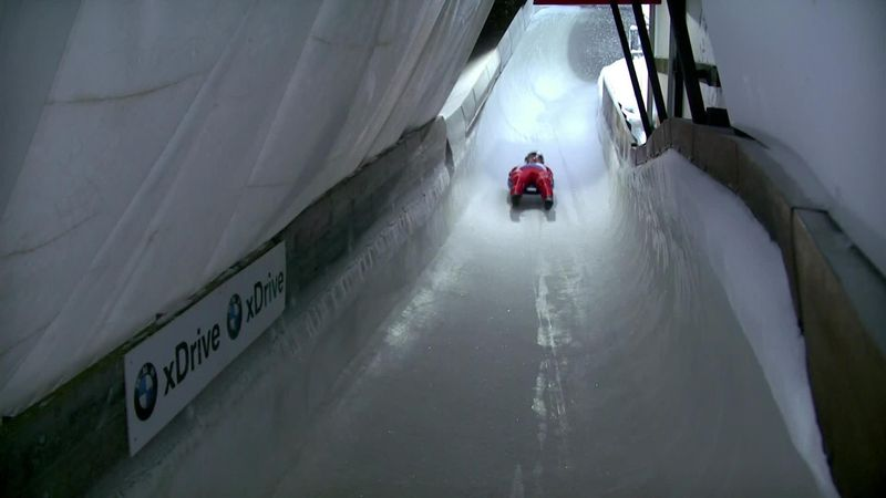 Sandra Robatscher goes into the lead with smooth run in tricky conditions