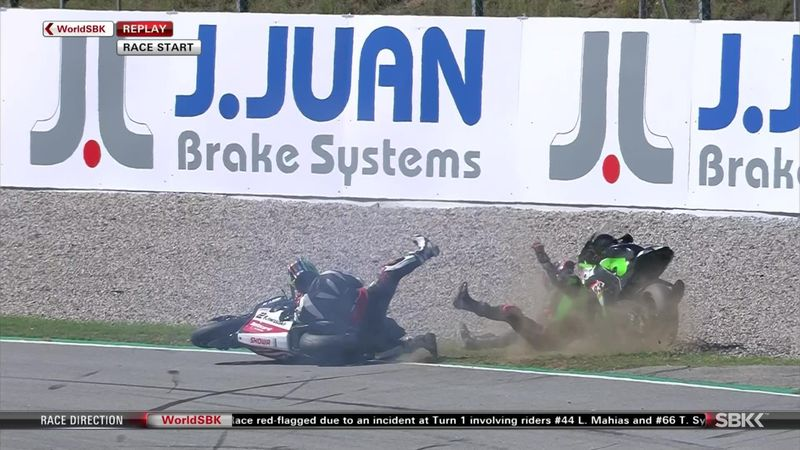 Haslam, Lowes involved in early crash as Race 2 red-flagged