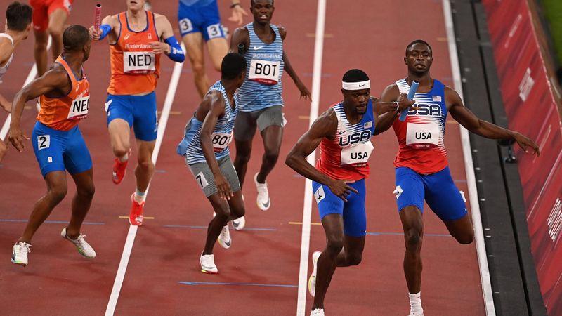 Teljes tarolás 4x400 méteren, a férfiaknál is az Egyesült Államok csapata dominált