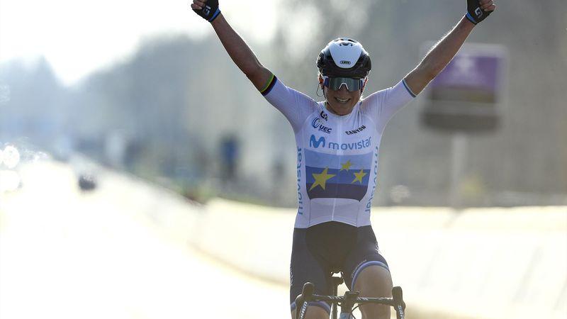 Annemiek van Vleuten wint Ronde van Vlaanderen 2021