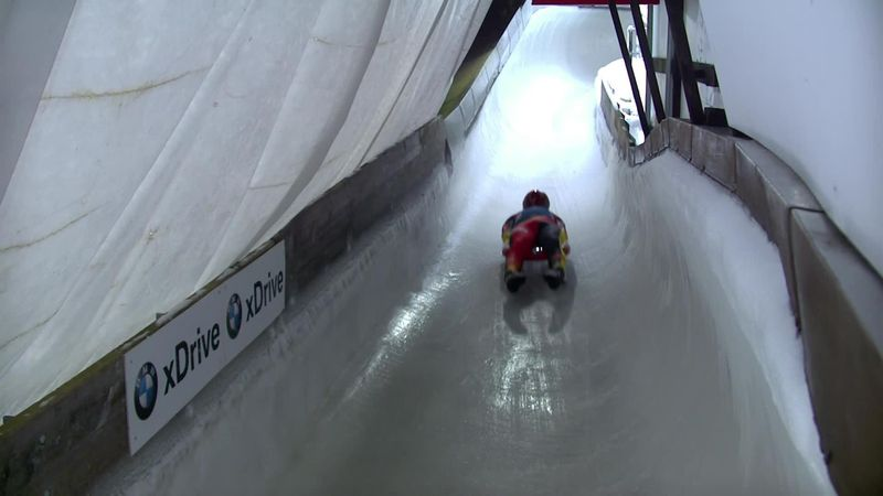 Felix Loch shows his class with leading run in Altenberg