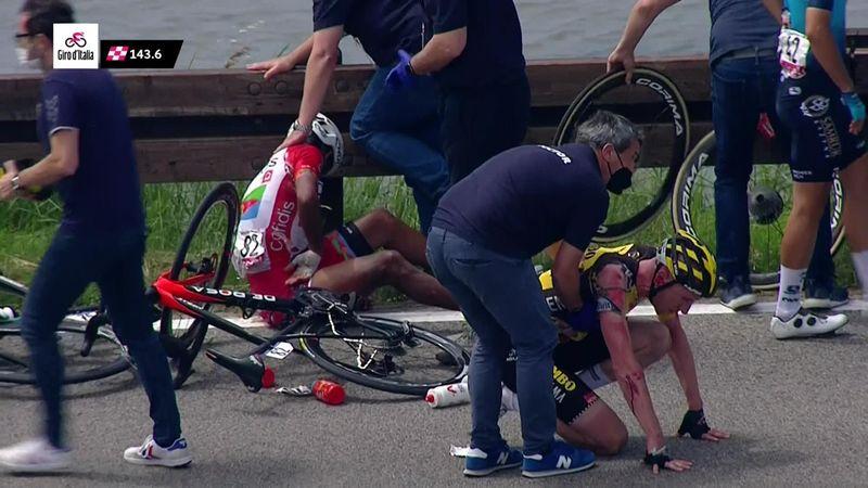 Căzătură teribilă în etapa a 15-a din Giro. Buchmann a abandonat