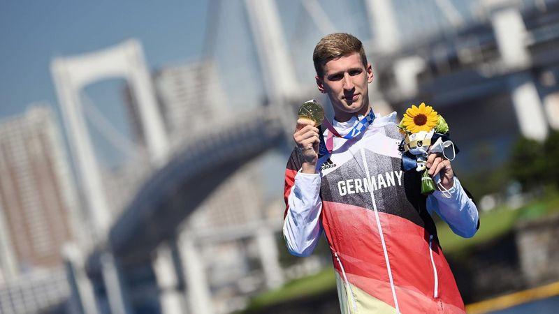 Wellbrock mit Gold gekrönt: Die Siegerehrung der Marathonschwimmer