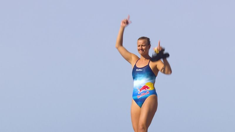 Red Bull Cliff Diving : Rhiannan Iffland wins it in Polignano a Mare