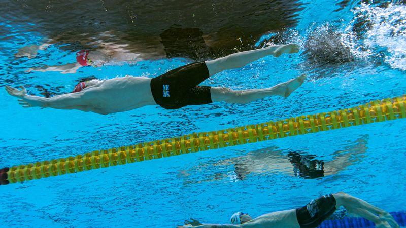 Parádés úszással döntőbe jutott Telegdy Ádám 200 méter háton