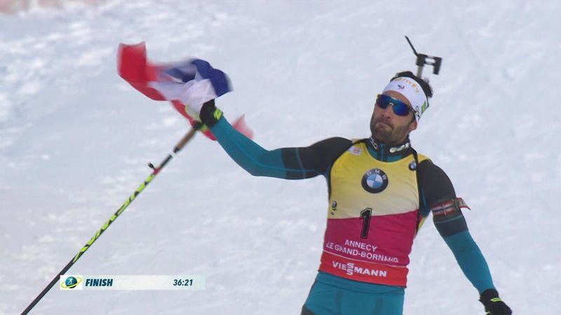 Martin Fourcade trionfa nella mass start davanti a Johannes: gli highlights