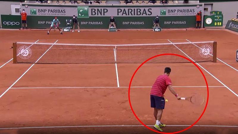 Nicht mit Nadal! Aufschlag von unten geht ordentlich schief