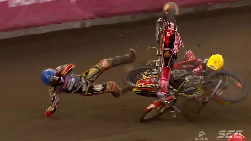 Massive crash between Andrey Kudryashov and David Bellego - European Speedway Championship