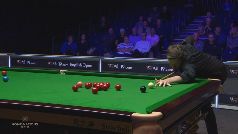 English Open : Walden amazing play with the first red against Gilbert