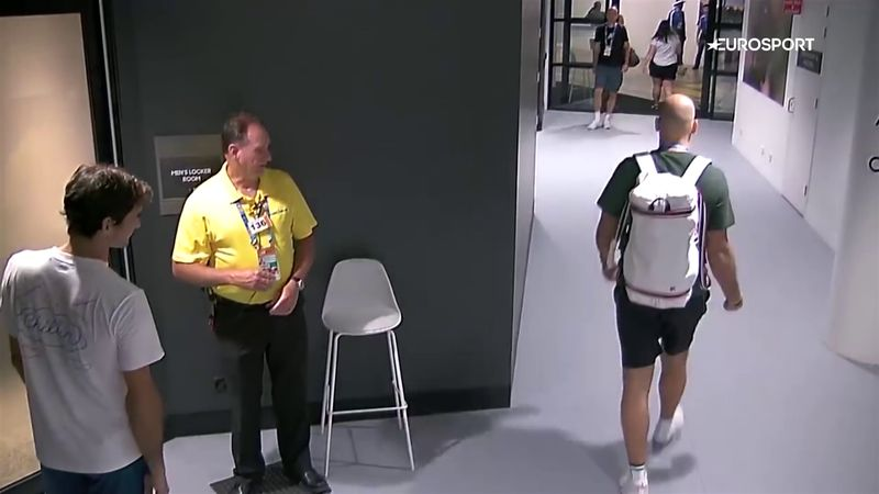 #OnThisDay: Security guard stops Federer entering without accreditation