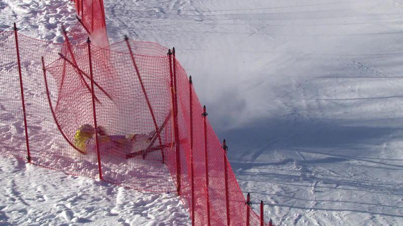 25 секунд на спуск и 1 на полет – жесткое падение горнолыжника