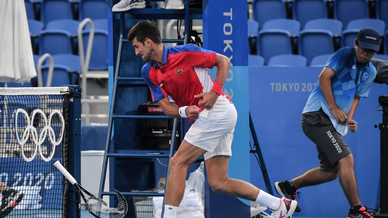 'Oh goodness me!' - Angry Djokovic with 'big racket smash' against net post