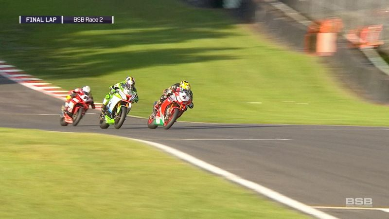 0.05s! Linfoot edges Haslam in knife-edge finish at Oulton Park