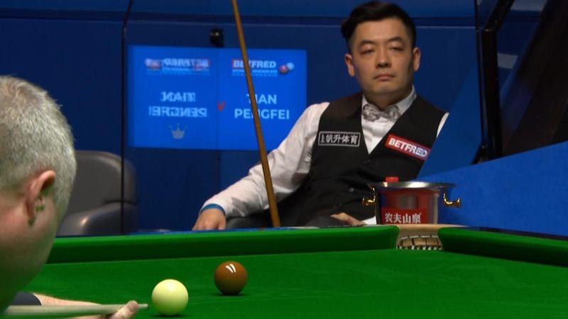 """""""Faszinierend"""": Higgins setzt Tian mit Century Break unter Druck"""