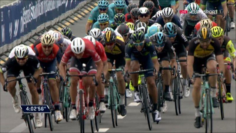 Tour de Dubai: Degenkolb se lleva una etapa marcada por la polémica