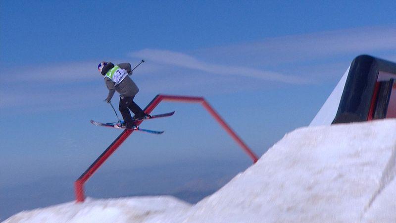 La francesa Tess Ledeux, campeona del mundo de slopestyle de esquí acrobático