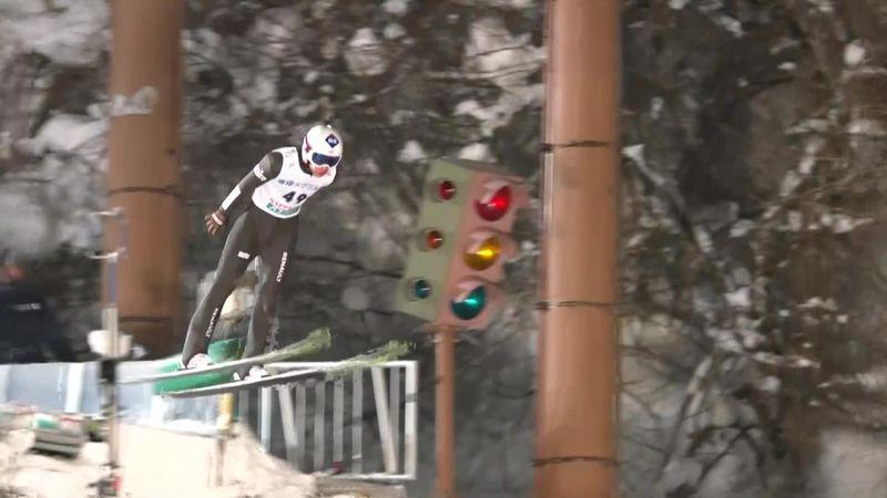 Pazzesco Kamil Stoch: salta 148.5 metri e polverizza il record di Sapporo