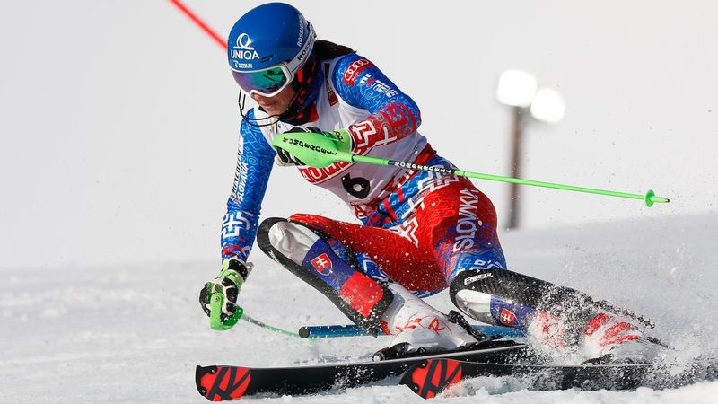 Vlhova pays tribute to the fans after Giant Slalom win