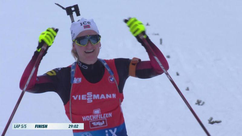 'Fabulous' Roeiseland wins women's pursuit in Hochfilzen