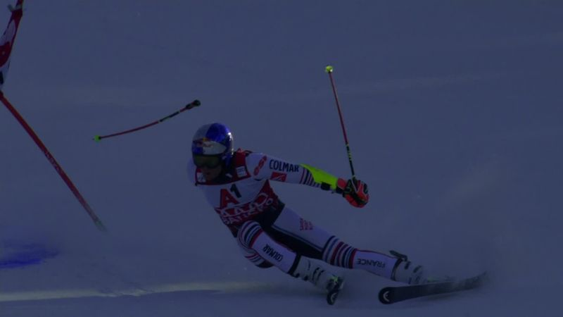 'Extraordinary skiing!' - Pinturault loses ski pole, still finishes