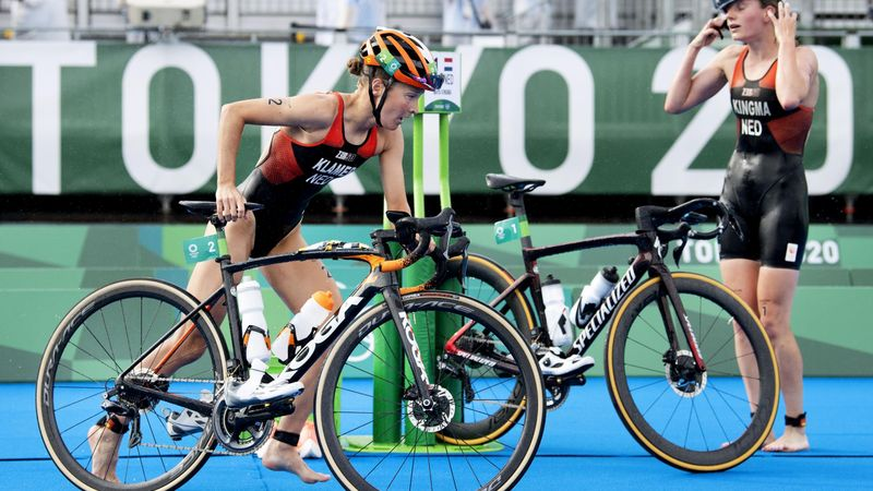 Tokyo 2020 | Nederland in de eindsprint 4e op mixed relay triathlon
