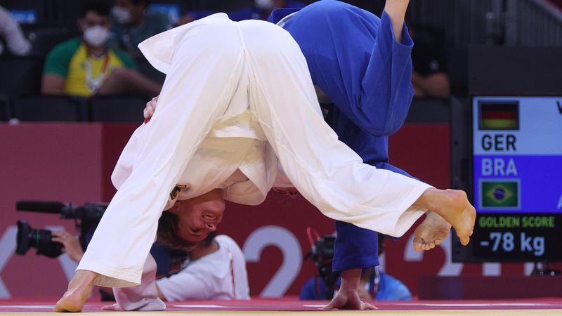Krimi mit happy end: Weltmeisterin Wagner im Halbfinale