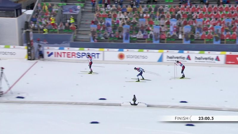 Riiber fa il back to back: il norvegese vince l'oro in volata