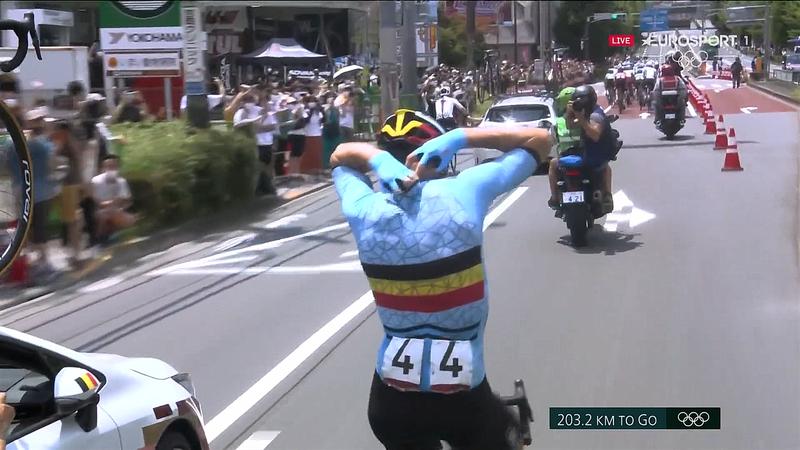 Ciclismo   Hielo en el cogote: así combate Van Aert el calor y la humedad de Tokio