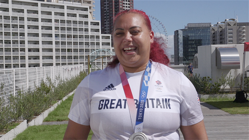 Tokyo 2020 - Emily Campbell hopes to inspire a new generation of weightlifters with Olympic silver