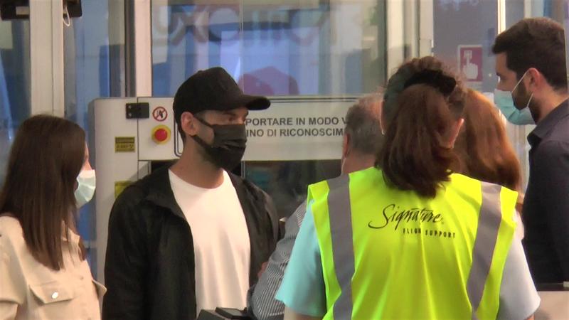 Çalhanoglu è tornato a Milano: martedì la firma con l'Inter