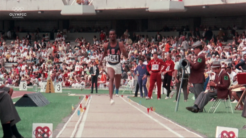 Bob Beamon soars to long jump record in Mexico 1968