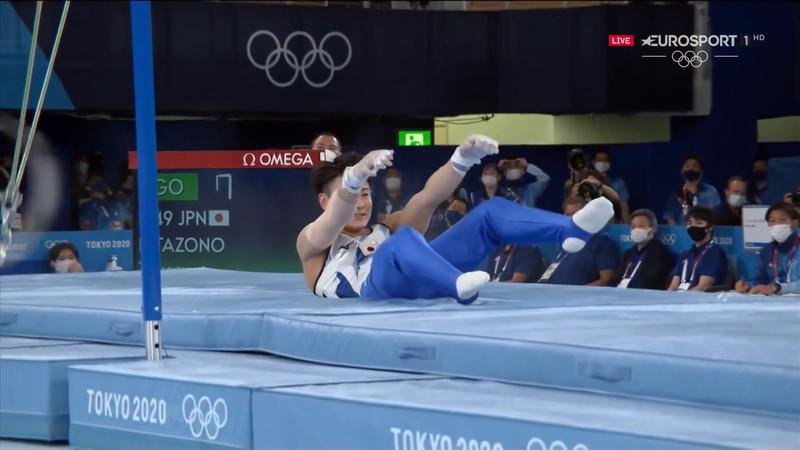 Jocurile Olimpice: Căzături la bară fixă pentru mai mulți gimnaști la Tokyo 2020