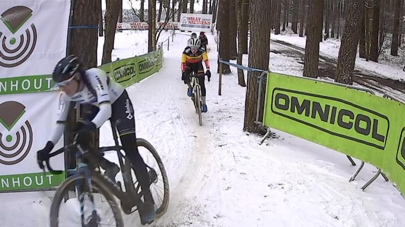 Heißes Finale im Schnee: Vierkampf ums Podium bei den Frauen