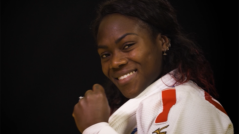 Zoom - Learning the 'Peruvian choke' from Clarisse Agbegnenou