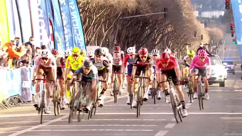 Wellens ci prova, Trentin si pianta, vince Paret-Peintre: gli highlights