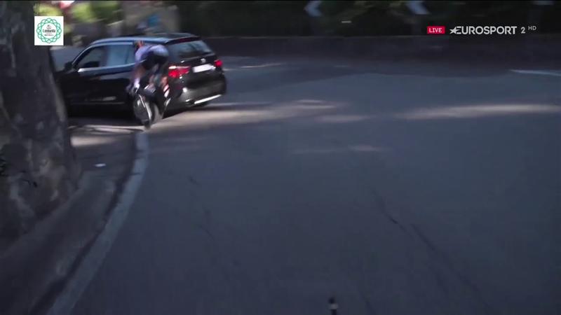 Incident incredibil în Il Lombardia. O bătrânică a dat cu mașina peste Max Schachmann