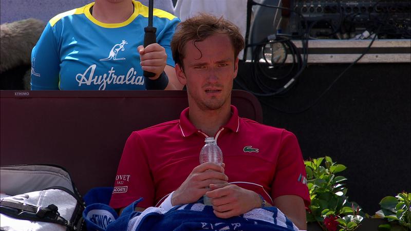 Медведев не избежал участи других игроков топ-10 и пал от Карацева