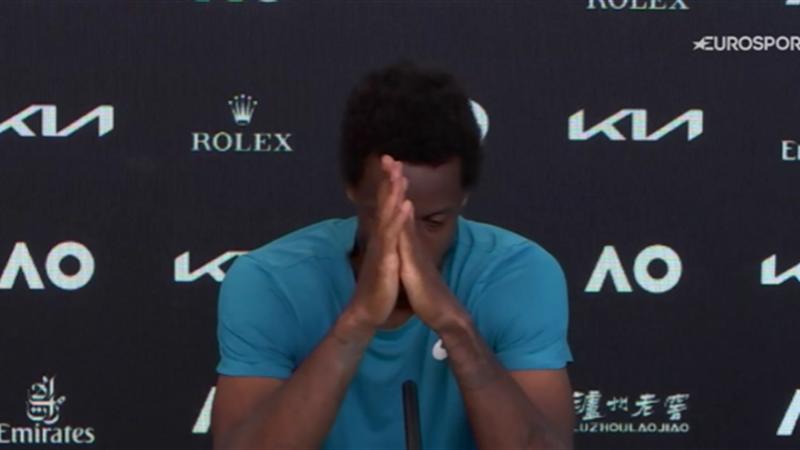 Monfils disperato dopo il ko: le lacrime in conferenza
