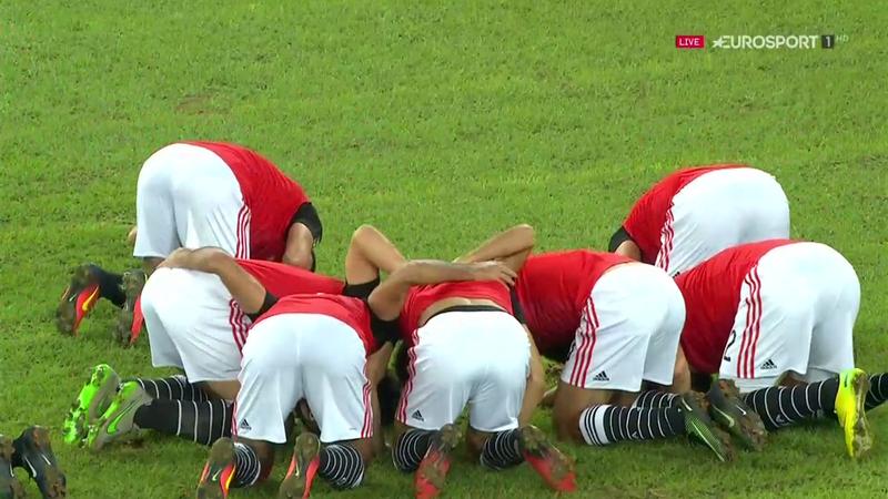 Salah scores stunning free-kick to give Egypt lead